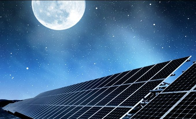 Новое исследование: солнечные панели могут генерировать энергию ночью