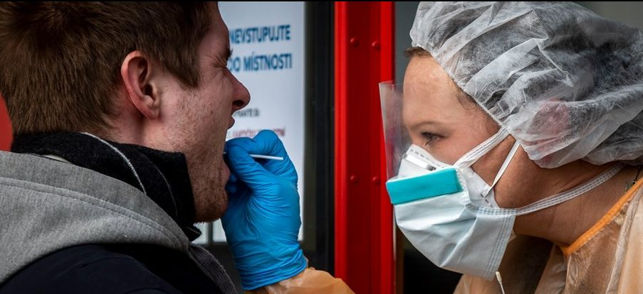 Почему, по мнению ВОЗ, дальнейшее тестирование на коронавирус является одним из наиболее важных действий