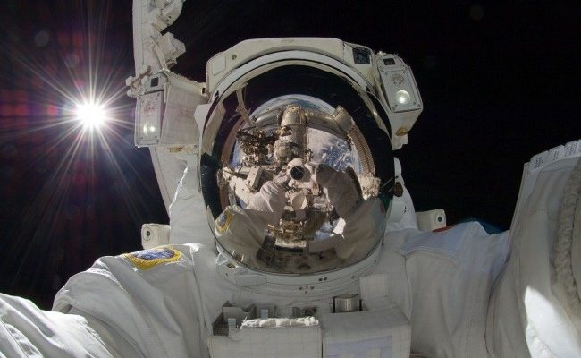 Исследование: Длительное пребывание в космосе вызывает увеличение объема мозга