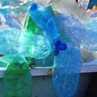 Пластик можно превратить в топливо, и ученые нашли для этого отличный способ