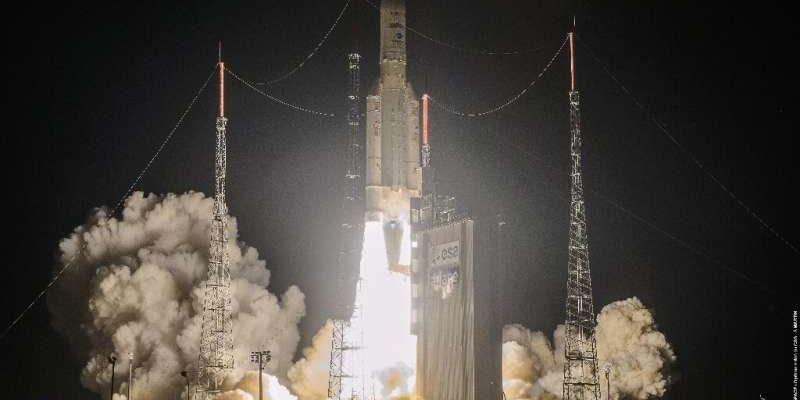 Ракета Ariane вывела телекоммуникационные спутники на орбиту