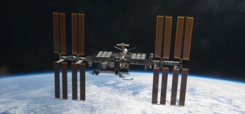 МКС пришлось совершить экстренные маневры, чтобы увернуться от космического объекта