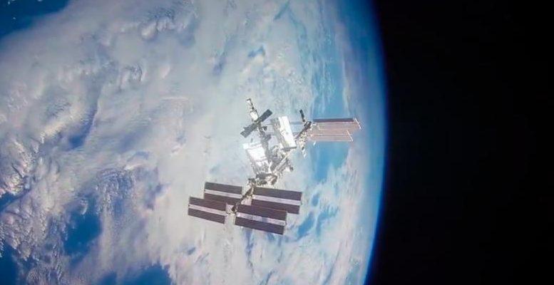 МКС все еще пропускает воздух, а поиск места утечки длится дольше, чем ожидалось