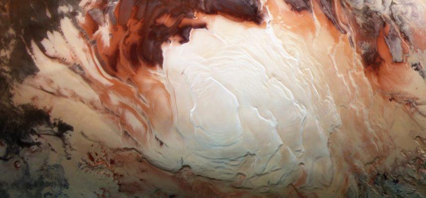 Целая сеть древних озер обнаружена под поверхностью Марса
