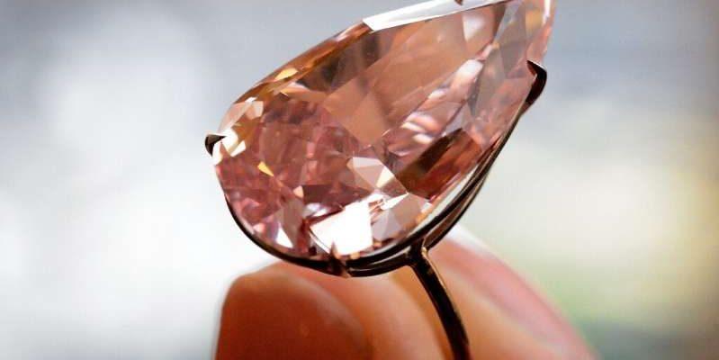 Время скупать бриллианты: закрывается крупнейший в мире рудник розовых алмазов