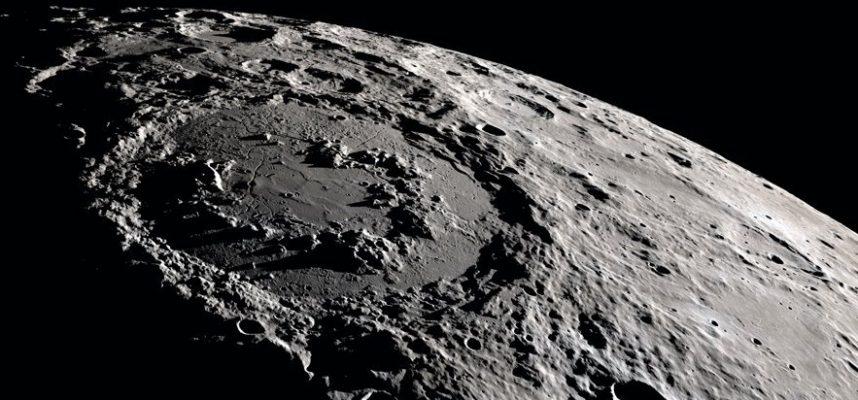 Астероид, летящий за Марсом, на самом деле двойник нашей Луны