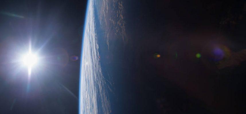 Астероид пролетел на рекордно близком расстоянии от Земли в пятницу 13, астрономы не видели его приближения