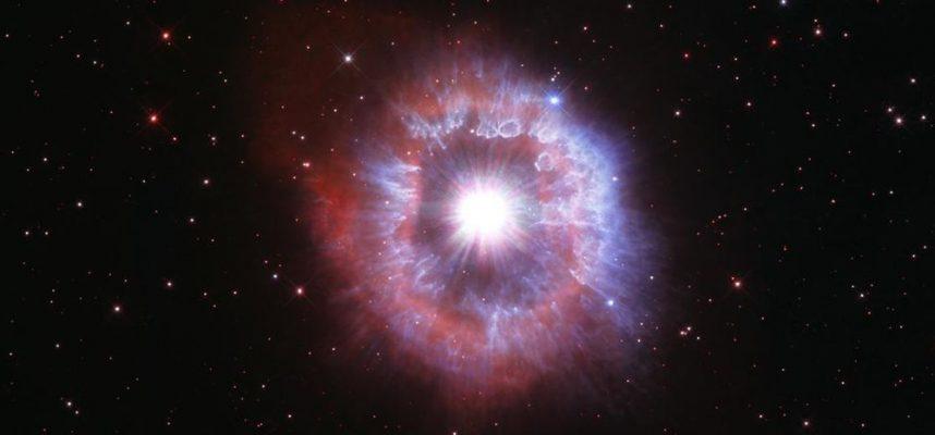Захватывающий дух новый снимок телескопа Хаббл — гигантская звезда на грани коллапса