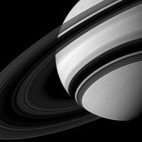 Таинственные колебания в кольцах Сатурна раскрывают его «нечеткое» внутренне строение