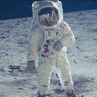Художник по визуальным эффектам показал, что Базз Олдрин видел на Луне