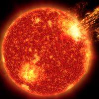 Ближайшая звезда выглядит как молодое Солнце и может рассказать нам, как на Земле появилась жизнь