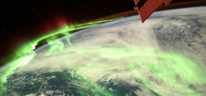 Потрясающий снимок полярного сияния с МКС