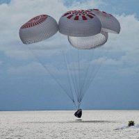 SpaceX вернуло туристов на Землю