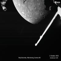 Зонд BepiColombo только что сделал прекрасную фотографию северного полушария Меркурия